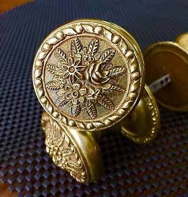 🔴 Antique Brass Door Knob Set w.Rosettes and Spindles..6 Avaliable