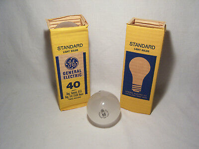 Set of Four Vintage NOS New Old Stock GE 40 Watt 130 V Incandescent Light Bulbs