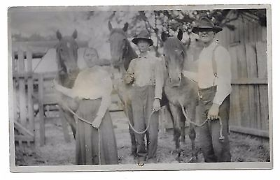 Farmer Men And Woman With Their Horses,real Photo Postcard 1904-1918