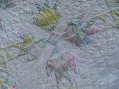 Rare Elegant Vintage Bear Paw Sawtooth Bear Claw Exquisite Yellow Rose Quilt Wow