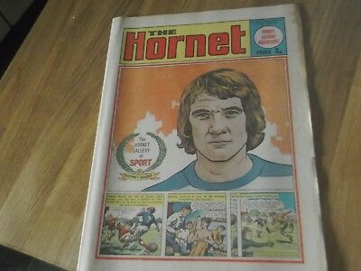 1972 The Hornet Comic With Qpr Legend Rodney Marsh On Front & Back Covers