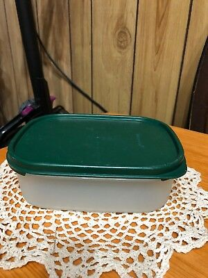 VINTAGE TUPPERWARE #1 Rectangle MODULAR MATE 3 1/2 CUP CONTAINER  Green Lid