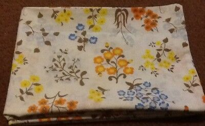 Pair of Vintage Floral Blossoms Print Pillowcases - Sears Percale Standard