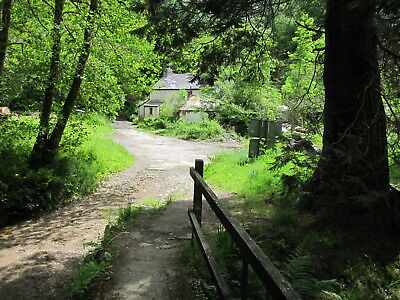 Land Cottage & Buildings UK for sale subject to contract Outstanding setting !!!