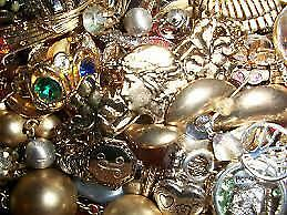 Vintage to Now Costume Fashion Jewelry Lot  NO JUNK!