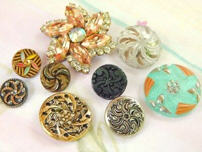 Lot Of Vintage & Antique Pinwheel Designed Buttons...mixed Materials & Sizes