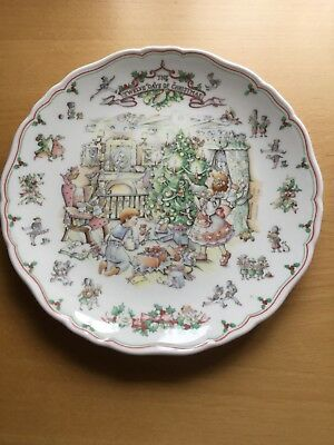 Royal Doulton Twelve Days of Christmas collector plate