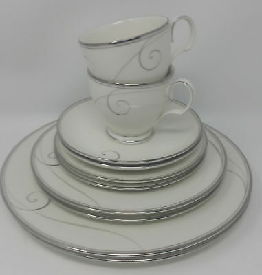 Set of 2 Noritake Platinum Wave 5-piece Place Setting Brand New