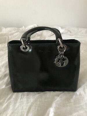 45714db826 Lady Dior Sac À Main Christian Dior Black Smooth Patent Leather Silver  Authentic