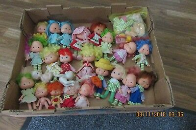 VINTAGE STRAWBERRY SHORTCAKE DOLLS with HATS & SHOES