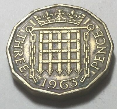 Great Britain 1963 Three Pence Coin - Queen Elizabeth II