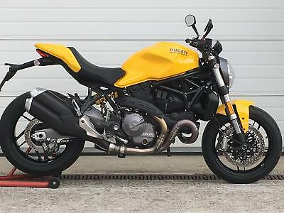 Ducati Monster 821 - mint condition, only 177 miles !!