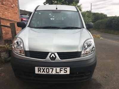 Renault Kangoo wheelchair accessible disabled vehicle