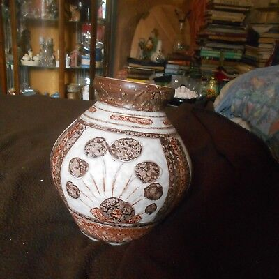 cracking italian pottery vase(nibble to top rim)