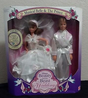 Disney Beauty And The Beast Wedding Doll Deluxe Gift Set Musical Belle & Prince