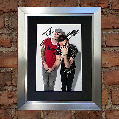 #4 TWENTY ONE PILOTS A5 Signed Reproduction Autograph Mounted Print