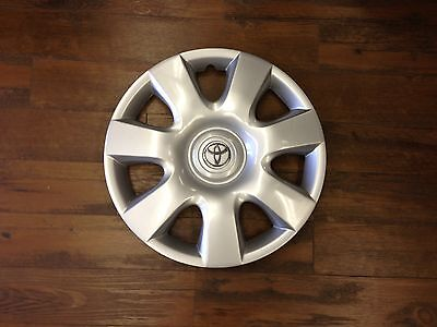 """1-2002 2003 2004  New Toyota Camry Hubcap Wheelcover 15"""" Wheel Cover Hub Cap"""