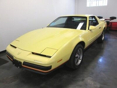 Firebird Formula 1987 Pontiac Firebird Formula 350 Only 31K Miles Yellow Rare Find Incredible Car