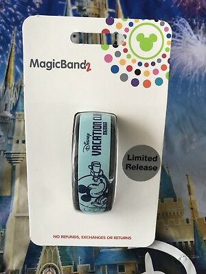 2018 Disney Vacation Club DVC Magicband Magic Band Mickey Mouse Limited Release