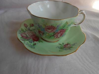 ROSINA Bone China GREEN & PINK ROSES TEA CUP & SAUCER Dainty Scalloped Shape