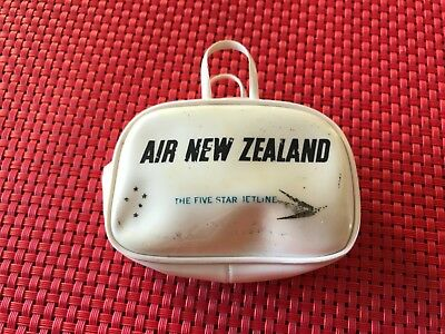 air new zealand collectable mini purse. Rare.