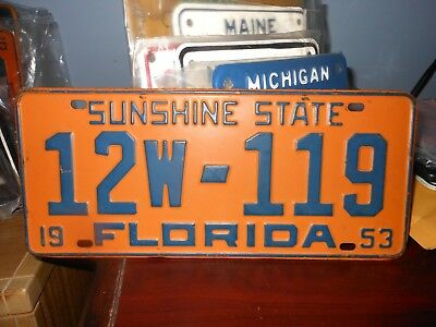 Florida 1953 automobile license plate issued in Lake County