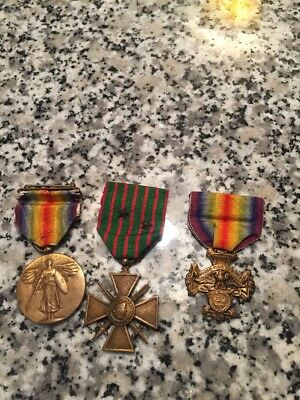 3 WW1 Medals. Croix d' Guerre Oregon Service Medal And Victory Medal