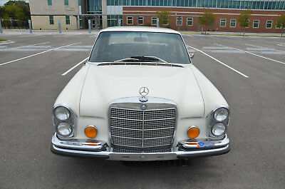 1971 Mercedes-Benz 200-Series  1971 Mercedes 280S