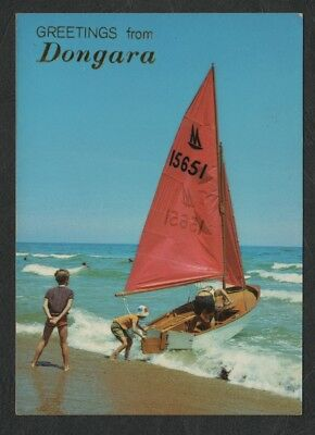 e2281)    GREETINGS POSTCARD -  YACHT ON BEACH - GREETINGS FROM DONGARA W.A.