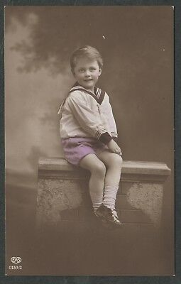 e1212)    EARLY 1900's  POSTCARD BY E.A. SCHWERDTFEGER -   YOUNG LAD