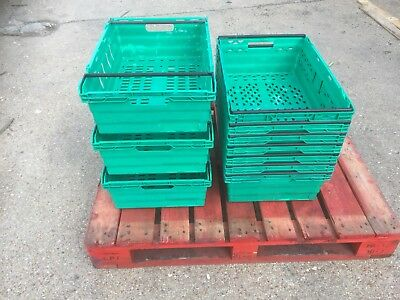 20 x Green Bail Arm Crates / Bale Arm Plastic Stacking Boxes 60-40-20