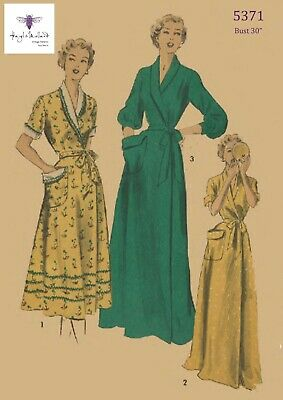"""1950's Vintage Sewing Pattern Women's Dressing Gown Robe HouseCoat Bust 30"""""""