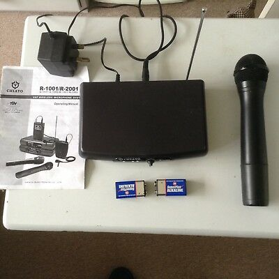 vhf wireless microphone with one microphone by chiayo