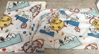 1 Flat & 1 Fitted Vintage Snoopy Sheets (TT)