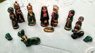 Vintage Mexican Clay Hand Painted Nativity Set GREEN AND GOLD 13 Pieces