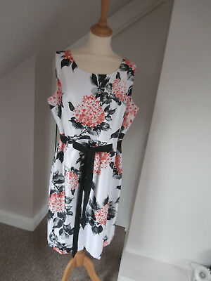 Brand new precis dress size 18 mother of the bride/cruise/races