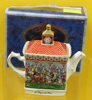 Sadler Championship 'A Day At The Races' Teapot ##OAF