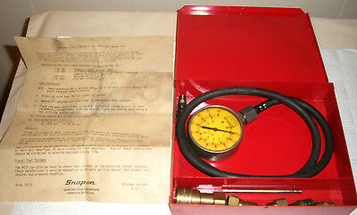 Vintage Snap-On Tools Mt37 Oil Pressure Gauge Set W/metal Box