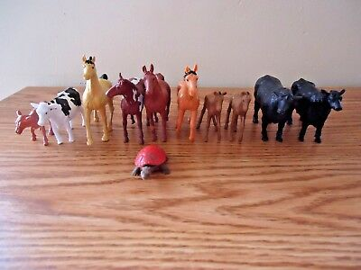 """Mixed Lot Of 10 Plastic Cows And Horses Play Set Figures """" GREAT COLLECTIBLE LOT"""