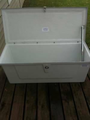 FIBERGLASS DOCK BOX/DECK BOX   New