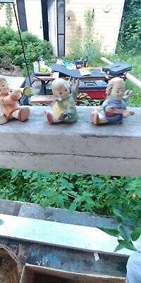 HUMMEL OF 3 SMALL ANGELS PLAYING TRUMPETS (candle holders)  TMK-3 STYLIZED BEE