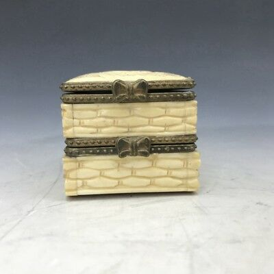 Collect carving elephant double-deck box.  f49