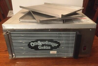Otis Spunkmeyer OS-1 Commercial Convection Cookie Oven! w/ 3 Trays