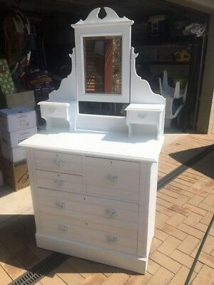 Antique Chest of Drawers With Mirror Great Condition!!!