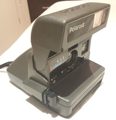 Polaroid 636 Close Up Instant camera. Great condition.