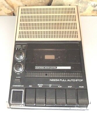 Vintage 80' Old school PHILIPS Portable cassette tape recorder N2234 Full auto