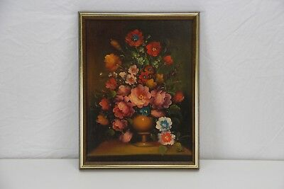 Beautiful Original Framed Floral Still Life Oil Painting - Unknown Artist