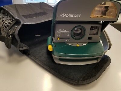 VINTAGE Polaroid 600 One-Step Express Hunter Green Instant Camera With Bag