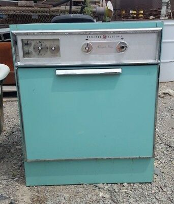 Vintage Retro Teal General Electric Automatic Oven, Untested