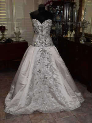 STEPHAN YEARICK Bridal Gown Wedding Dress Size 10 Strapless